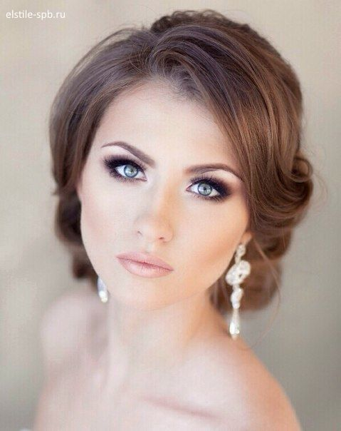 eye makeup tips for blue eyes over 50
