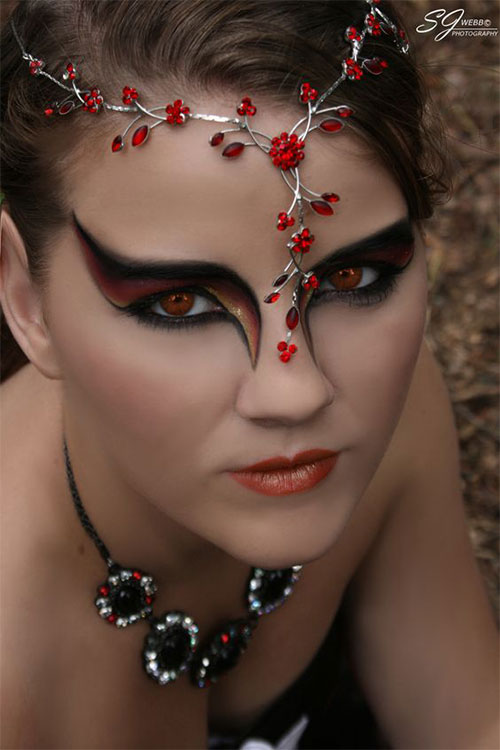 sexy and cool holloween makeup ideas for woman