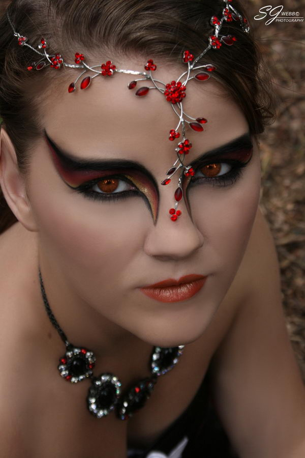 sexy and cool halloween makeup ideas for women