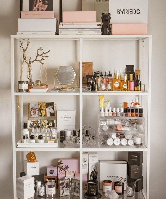 Inspo : 19 Best diy makeup storage ideas for small spaces