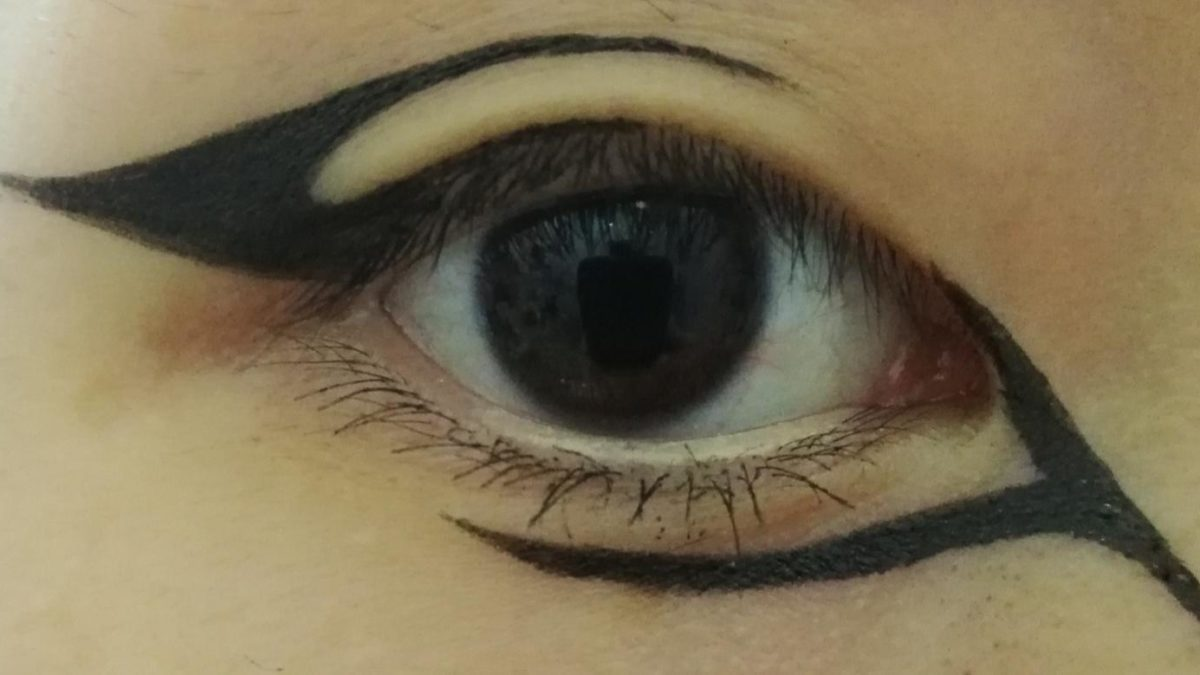 Decided to do a graphic liner :)