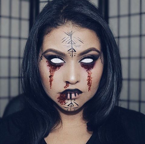 Makeup inspiration : Best makeup ideas for witch face