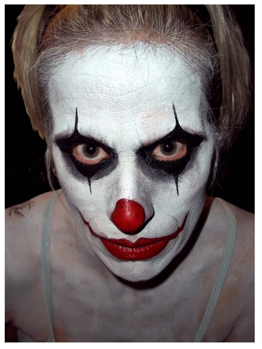 scary jester makeup ideas for men